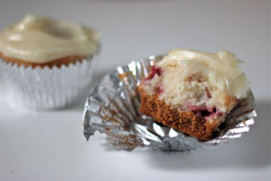 strawberrycheesecakecupcakes3
